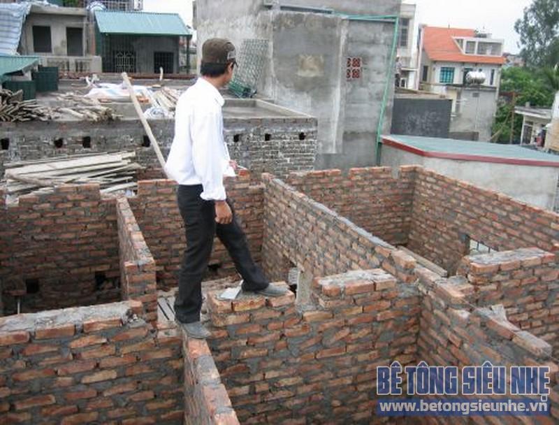 Sửa nhà nâng thêm tầng sử dụng sàn bê tông siêu nhẹ 03
