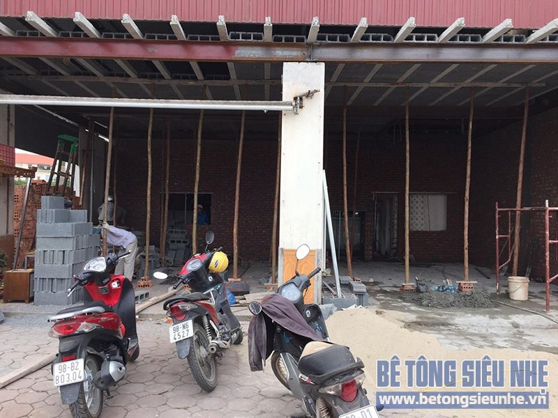 Thi công lắp ghép sàn bê tông nhẹ cho kết cấu nhà khung thép nhà xưởng tại Gia Lâm - 01