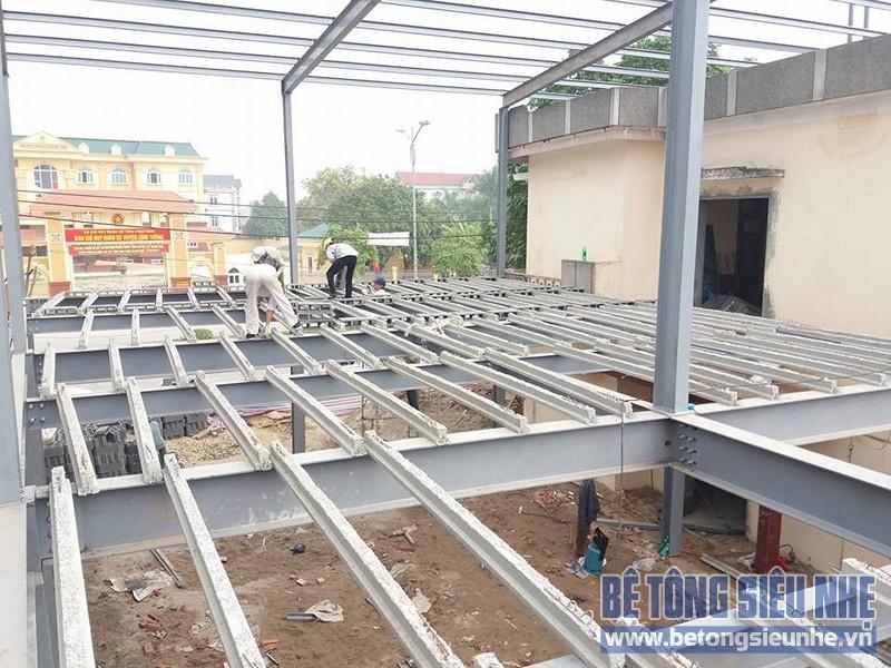 Thi công nhà khung thép sàn bê tông nhẹ công trình nhà trưng bày xe Honda, Vĩnh Phúc - 01