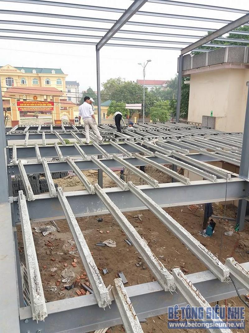Thi công nhà khung thép sàn bê tông nhẹ công trình nhà trưng bày xe Honda, Vĩnh Phúc - 04