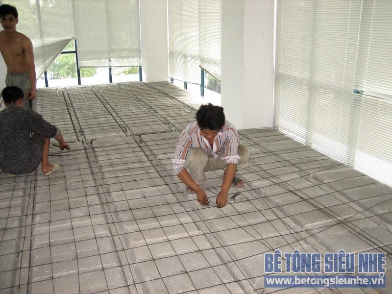 Thi công sàn bê tông siêu nhẹ tại Mai Hắc Đế 07