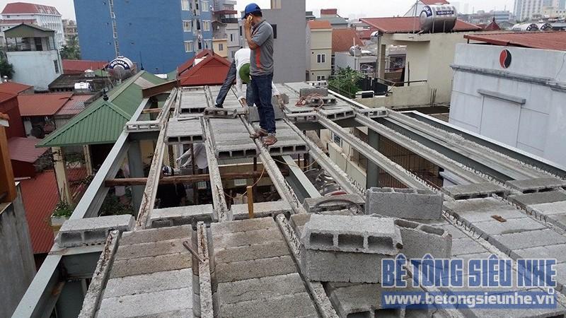 Cải tạo nhà ống sử dụng kết cấu nhà khung thép sàn bê tông nhẹ tại Nguyễn Trãi - 04