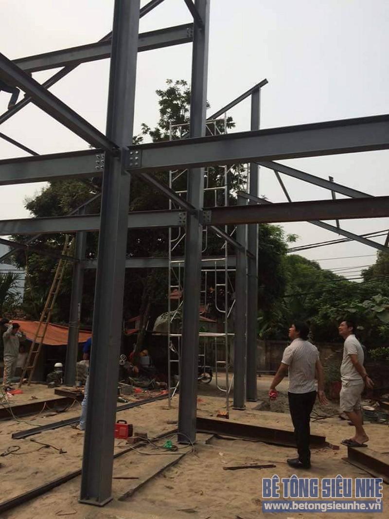 Dựng khung nhà khung thép tiền chế công trình nhà biệt thự tại Võng La - 02