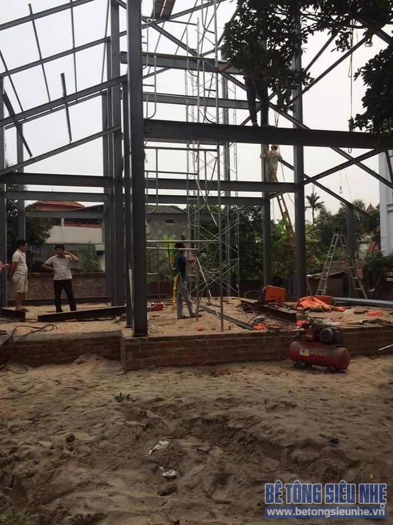 Dựng khung nhà khung thép tiền chế công trình nhà biệt thự tại Võng La - 03