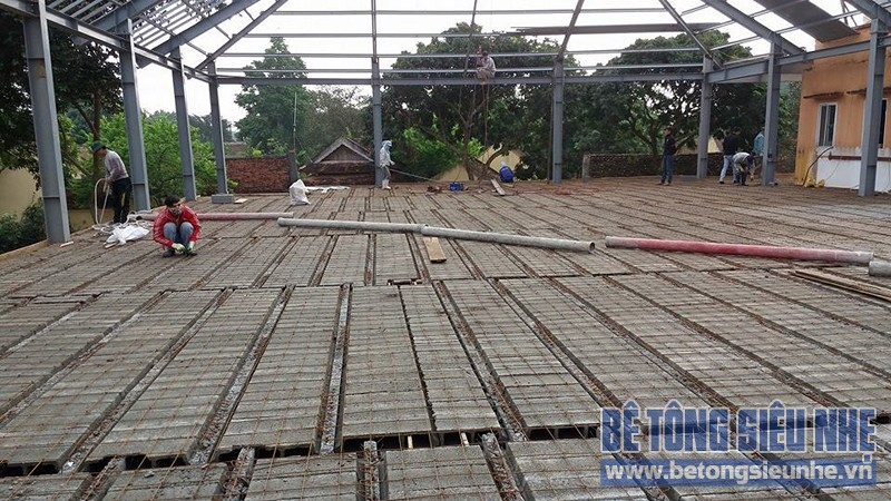 Thi công nhà khung thép 2 tầng kết hợp sàn bê tông nhẹ công trình Tản Đà Resort
