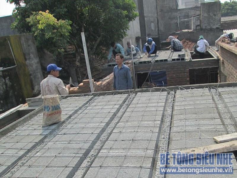 Lắp ghép sàn bê tông siêu nhẹ làm trần nhà anh Dũng tại Biên Giang, Hà ĐôngLắp ghép sàn bê tông siêu nhẹ làm trần nhà anh Dũng tại Biên Giang, Hà Đông