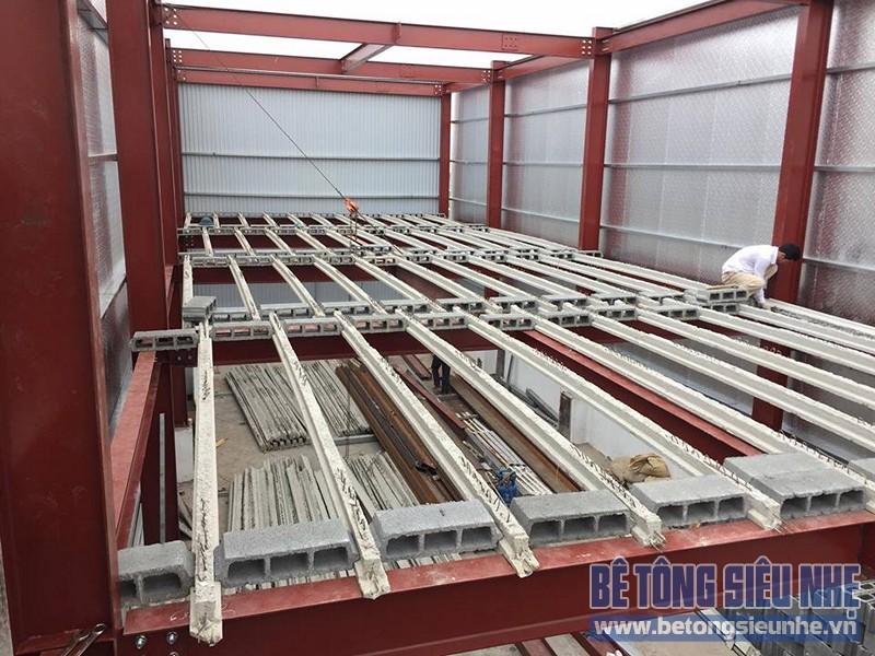 Qúa trình dựng hệ khung làm nhà khung thép kết hợp sàn bê tông nhẹ