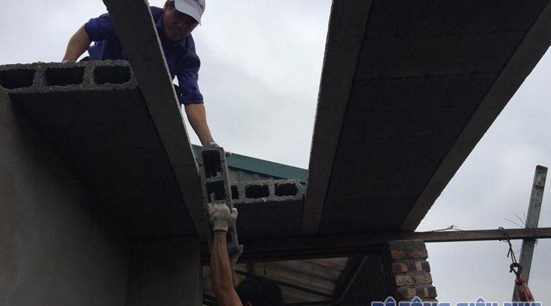 Ghép sàn bê tông siêu nhẹ cho tầng tum nhà anh Bảo tại Tây Đằng, Ba Vì