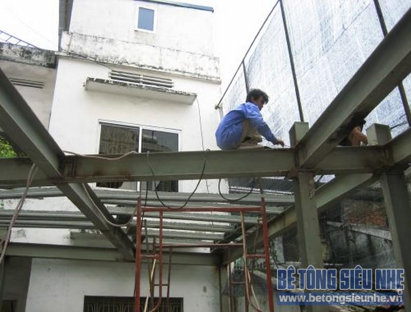 Cải tạo, cơi nới không gian sống bằng khung thép tiền chế và sàn bê tông nhẹ tại Gia Lâm