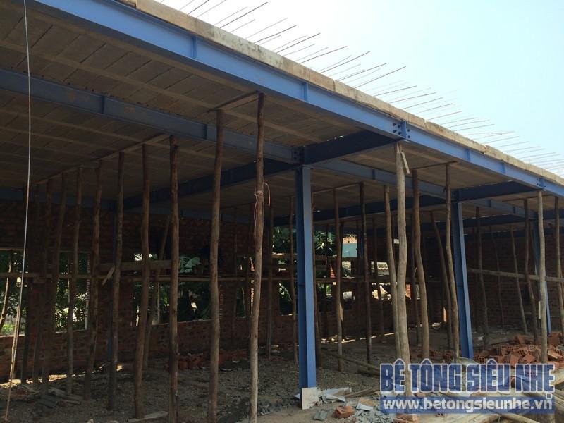 Công tác thi công nhà khung thép, sàn bê tông nhẹ khách sạn Hồ Núi Đính (Ninh Bình) P4