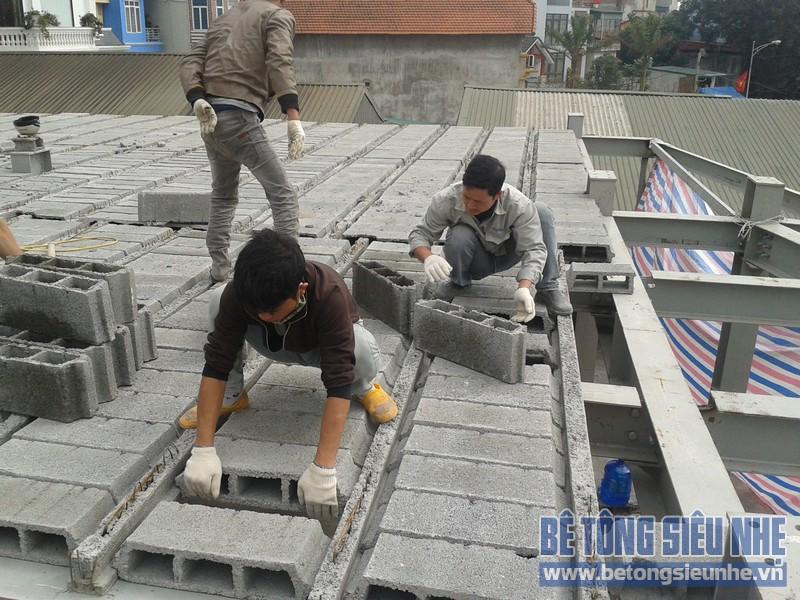 Thi công siêu thị điện máy bằng khung thép và sàn bê tông nhẹ tại Hà Nội