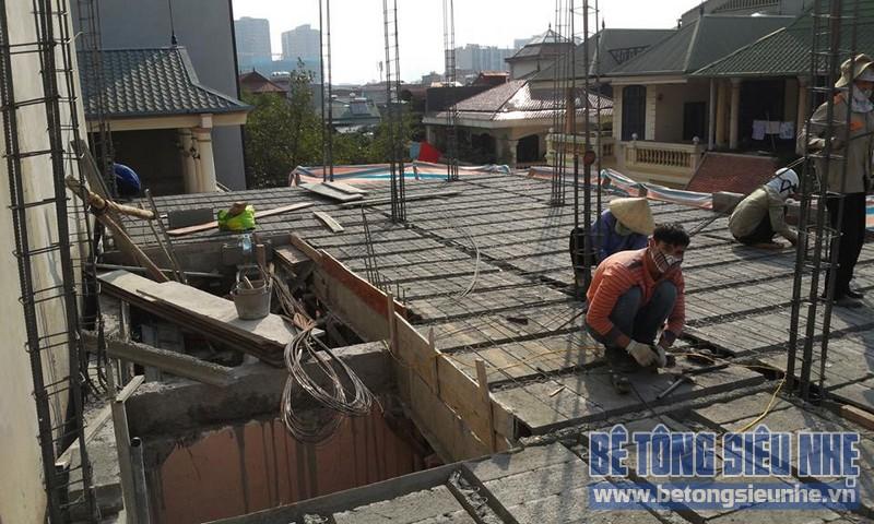Thi công sàn bê tông nhẹ Xuân Mai tại nhà anh Hùng, Phương Mai, Đống Đa, Hà Nội - 01