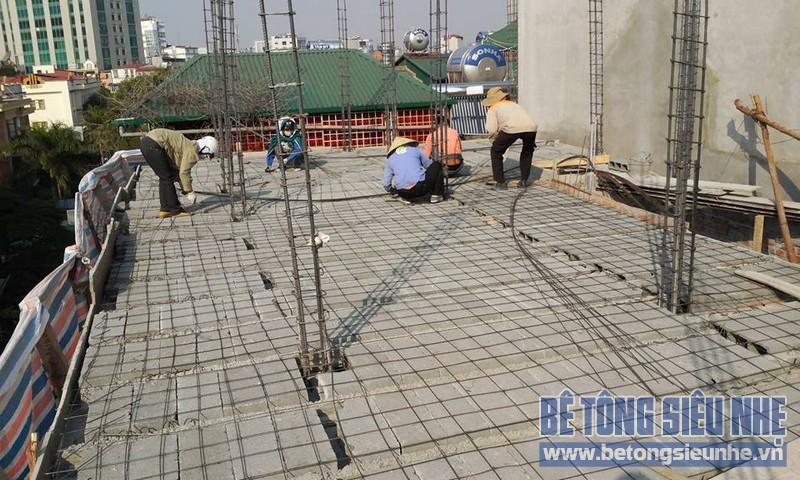 Thi công sàn bê tông nhẹ Xuân Mai tại nhà anh Hùng, Phương Mai, Đống Đa, Hà Nội - 05