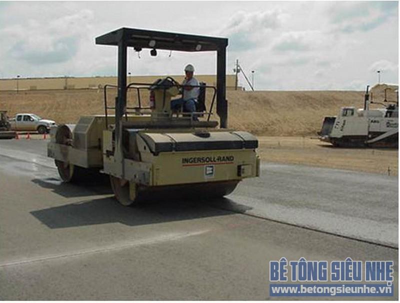 Công nghệ bê tông đầm lăn chủ yếu được áp dụng trong thi công xây dựng các đập thủy điện và đê chắn nước