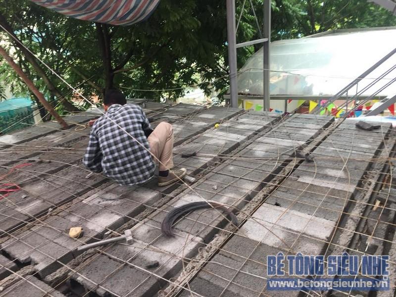 Thi công hệ khung thép và sàn bê tông siêu nhẹ làm gara nhà anh Thanh, Hoài Đức, Hà Nội - 03