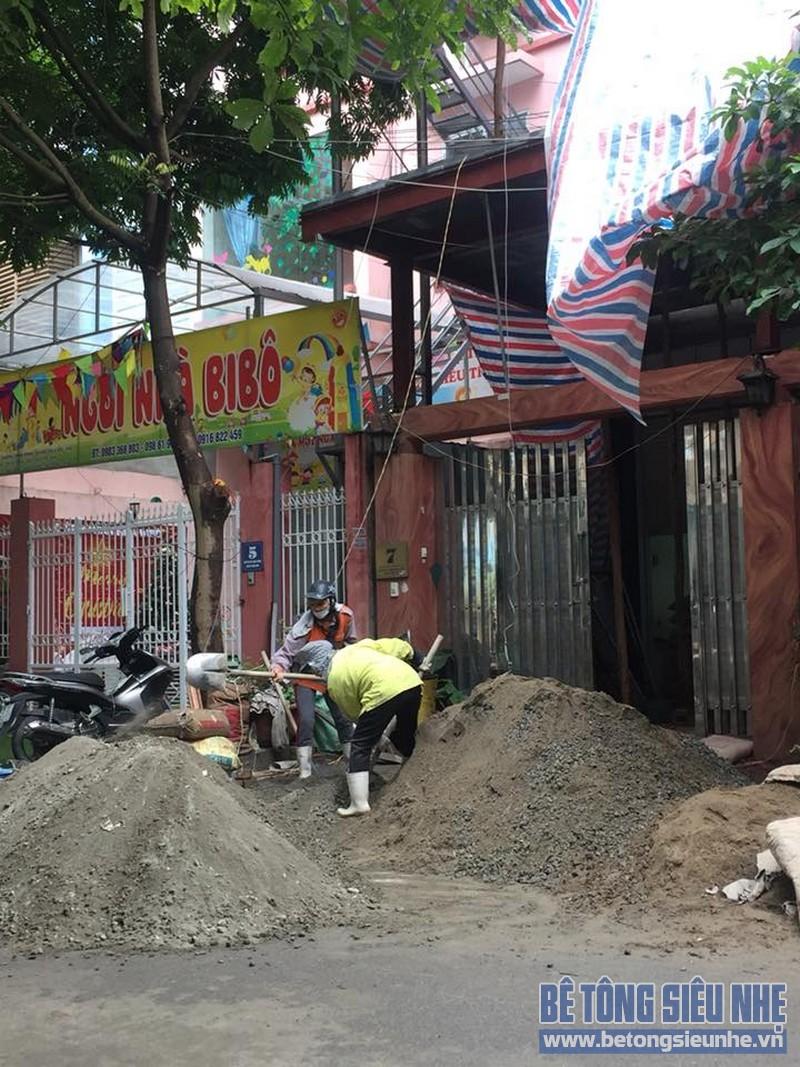 Thi công hệ khung thép và sàn bê tông siêu nhẹ làm gara nhà anh Thanh, Hoài Đức, Hà Nội - 01
