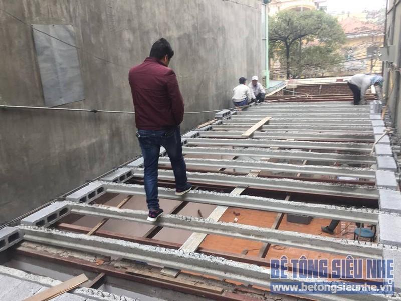 Thi công nhà khung thép và sàn bê tông siêu nhẹ nhà anh Quang, Tây Tựu, Bắc Từ Liêm, Hà Nội - 02