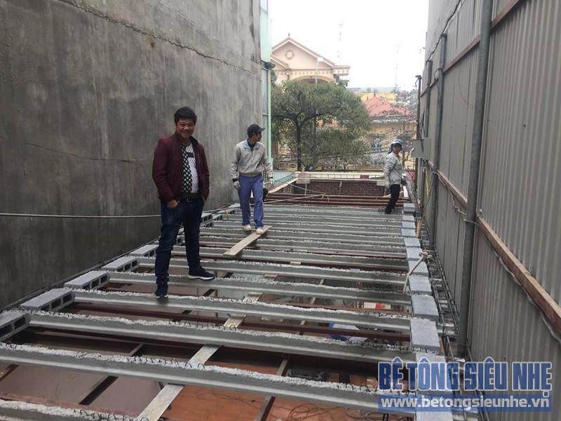 Thi công nhà khung thép và sàn bê tông siêu nhẹ nhà anh Quang, Tây Tựu, Bắc Từ Liêm, Hà Nội - 03
