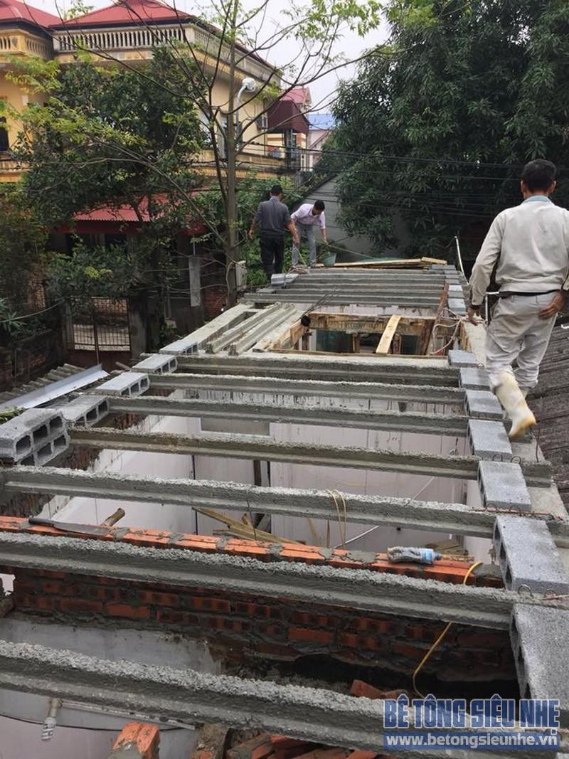 Dựng hệ dầm chịu lực để chuẩn bị lắp ghép gạch Block