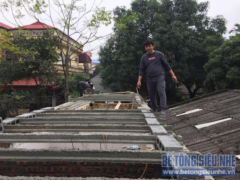 Thi công sàn bê tông siêu nhẹ làm mái nhà cho gia đình anh Doanh, Sóc Sơn, Hà Nội - 03
