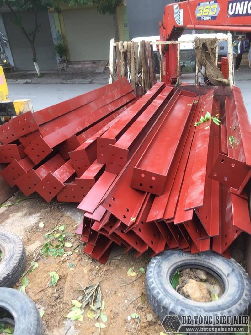 Các cấu kiện thép được sản xuất sẵn dựa trên bản vẽ kỹ thuật