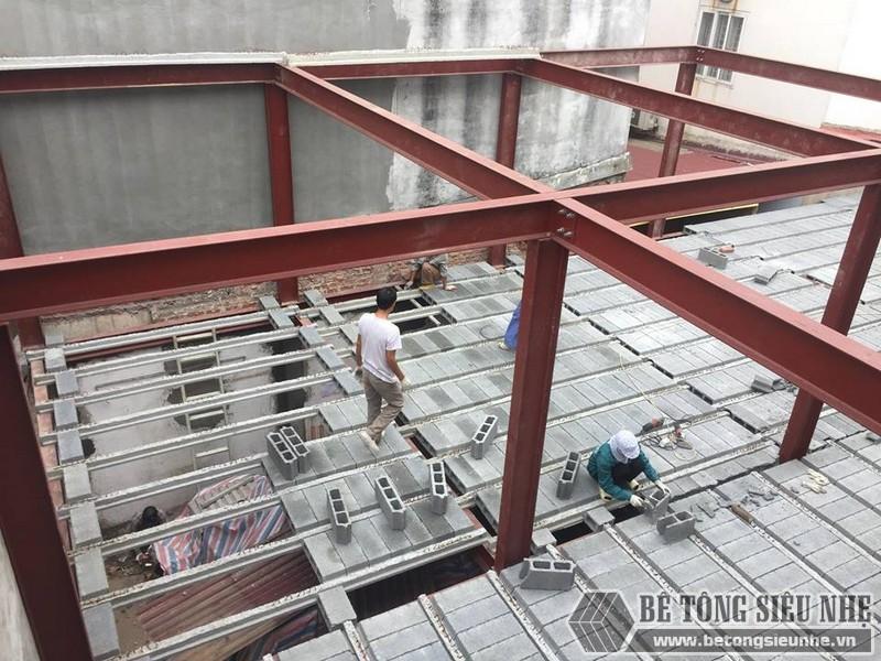Lắp dựng nhà khung thép và sàn bê tông siêu nhẹ cho nhà xưởng tại Từ Sơn, Bắc Ninh - 04