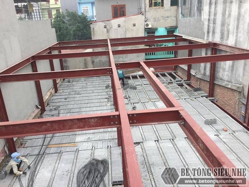 Lắp dựng nhà khung thép và sàn bê tông siêu nhẹ cho nhà xưởng tại Từ Sơn, Bắc Ninh - 05