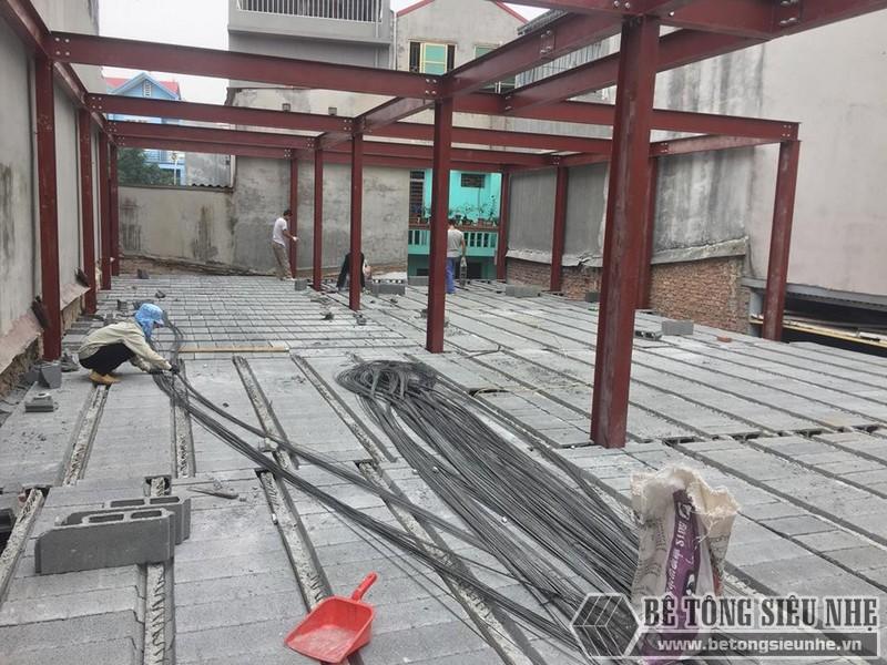Lắp dựng nhà khung thép và sàn bê tông siêu nhẹ cho nhà xưởng tại Từ Sơn, Bắc Ninh - 06