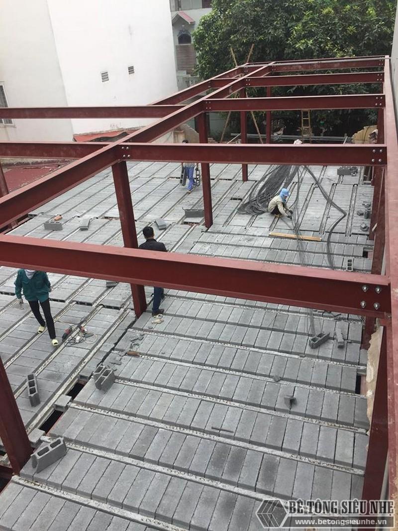 Lắp dựng nhà khung thép và sàn bê tông siêu nhẹ cho nhà xưởng tại Từ Sơn, Bắc Ninh - 11