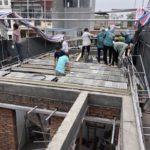 Cơi nới nhà, đổ trần bằng sàn bê tông nhẹ lắp ghép nhà anh Hiếu ở Hà Đông, Hà Nội