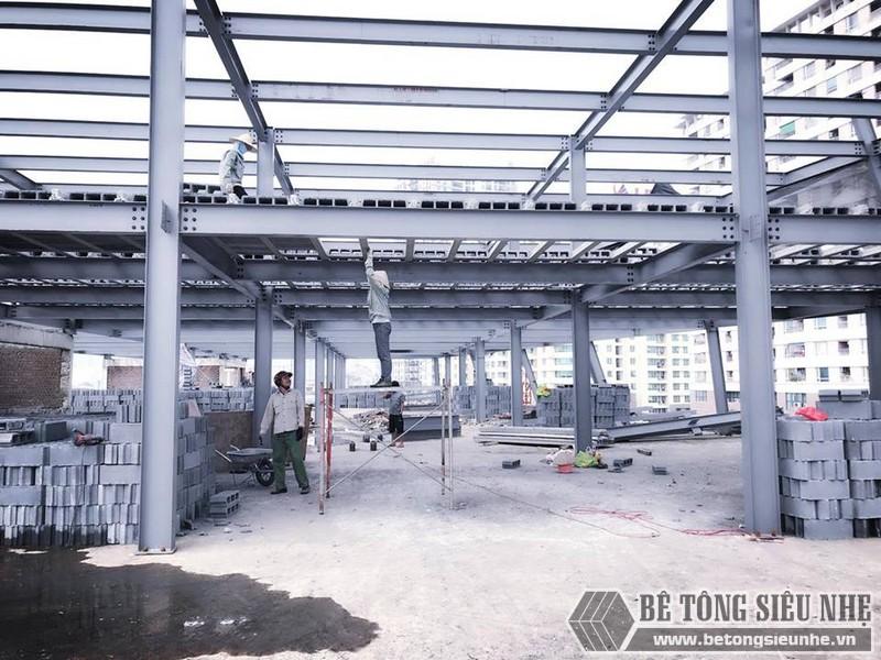 Thi công nhà khung thép giá rẻ và sàn bê tông nhẹ tại Hà Đông, Hà Nội - 02