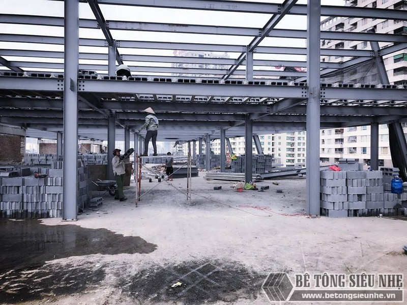 Thi công nhà khung thép giá rẻ và sàn bê tông nhẹ tại Hà Đông, Hà Nội - 08