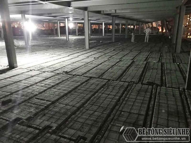 Thi công hệ khung thép và sàn bê tông nhẹ làm trung tâm thương mại tại Đông Anh, Hà Nội - 06