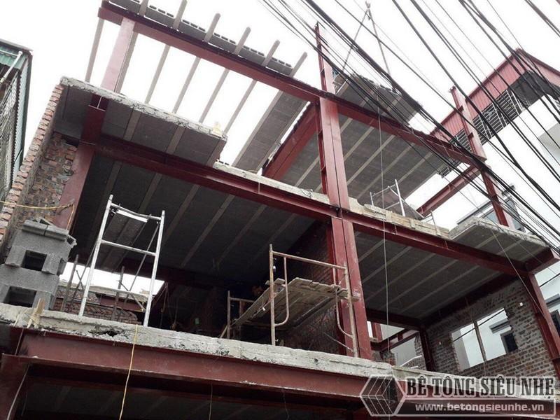 Xây nhà bằng khung thép tiền chế và sàn bê tông nhẹ nhà anh Hải, Thanh Trì, Hà Nội - 03