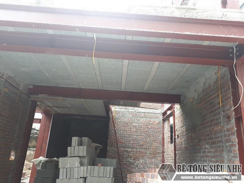 Xây nhà bằng khung thép tiền chế và sàn bê tông nhẹ nhà anh Hải, Thanh Trì, Hà Nội - 04