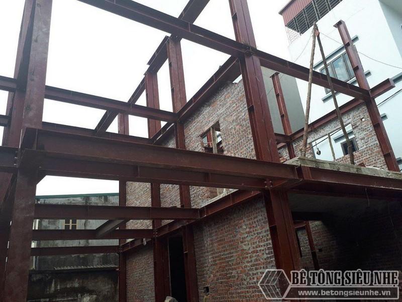 Xây nhà bằng khung thép tiền chế và sàn bê tông nhẹ nhà anh Hải, Thanh Trì, Hà Nội - 01