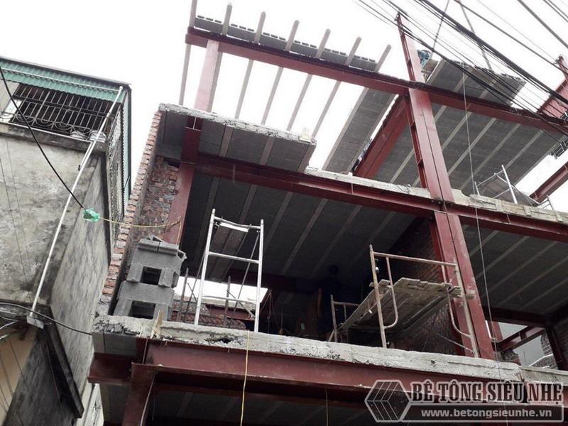 Xây nhà bằng khung thép tiền chế và sàn bê tông nhẹ nhà anh Hải, Thanh Trì, Hà Nội - 05