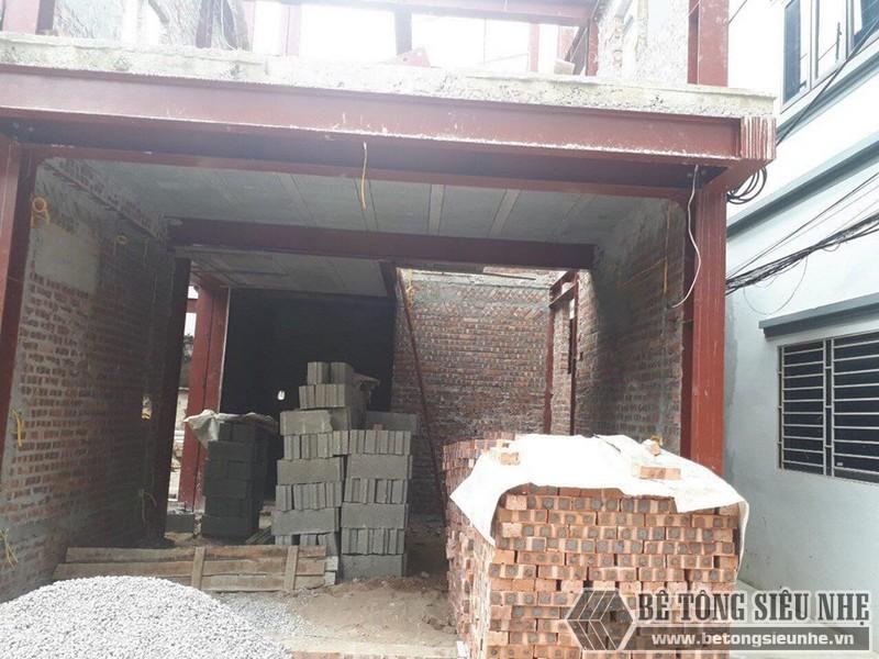 Xây nhà bằng khung thép tiền chế và sàn bê tông nhẹ nhà anh Hải, Thanh Trì, Hà Nội - 06