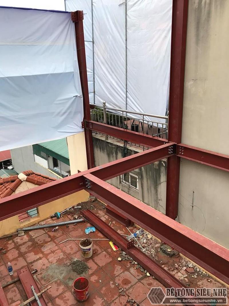 Thi công khung thép tiền chế để nâng tầng cho nhà anh Hiệu, Hoàng Mai, Hà Nội - 01
