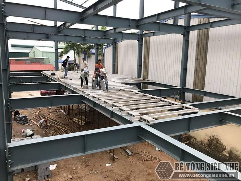 Lắp dựng nhà khung thép, thi công sàn bê tông nhẹ tại Thanh Trì, Hà Nội - 04