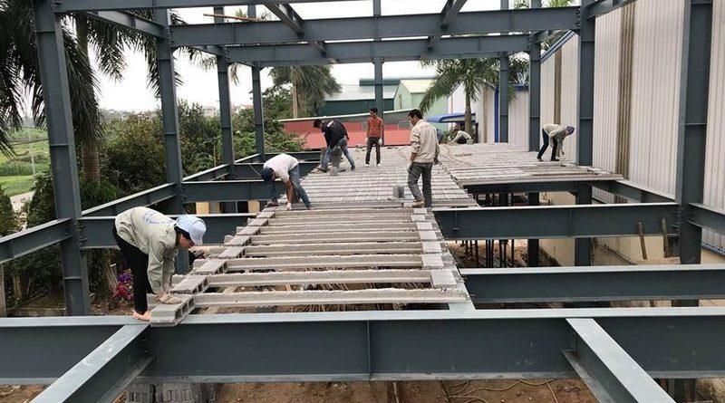 Lắp dựng nhà khung thép, thi công sàn bê tông nhẹ tại Thanh Trì, Hà Nội - 05