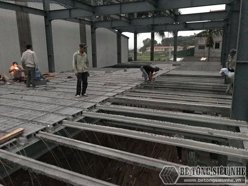 Lắp dựng nhà khung thép, thi công sàn bê tông nhẹ tại Thanh Trì, Hà Nội - 06