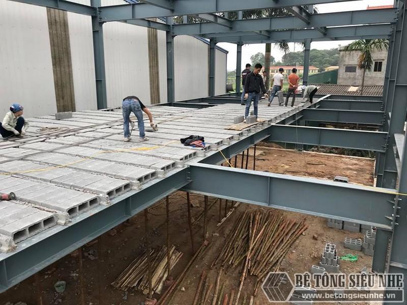 Lắp dựng nhà khung thép, thi công sàn bê tông nhẹ tại Thanh Trì, Hà Nội - 07