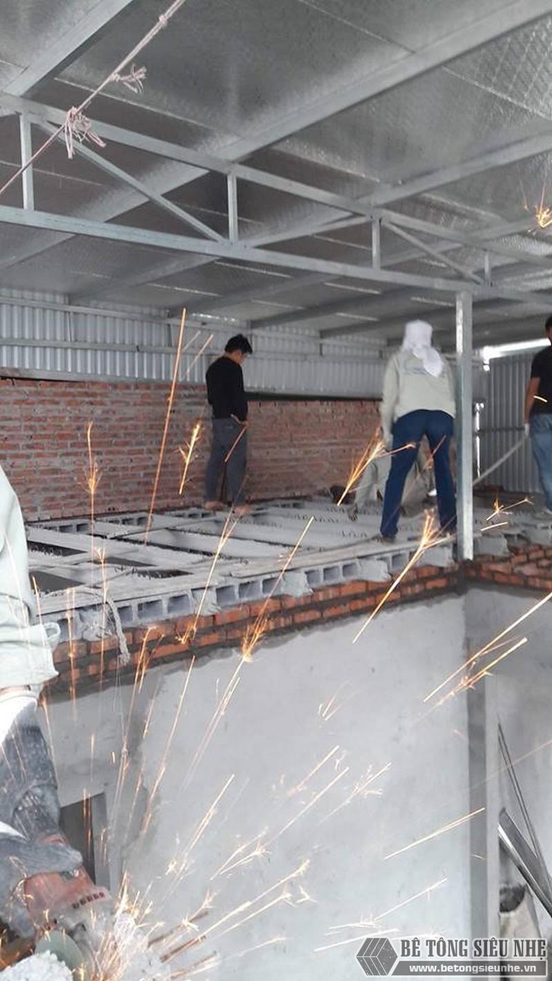 Sử dụng sàn bê tông nhẹ cải tạo mái tôn thành nhà trần tại Cầu giấy, Hà Nội - 02