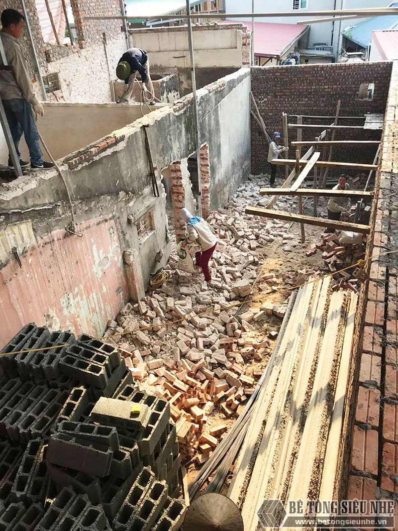 Cải tạo nhà giá rẻ bằng sàn bê tông nhẹ tại nhà anh Định, ngõ 2 Phạm Văn Đồng Hà Nội - 01