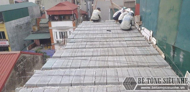 Thi công sàn bê tông nhẹ Xuân Mai giải pháp cực an toàn thay bê tông truyền thống