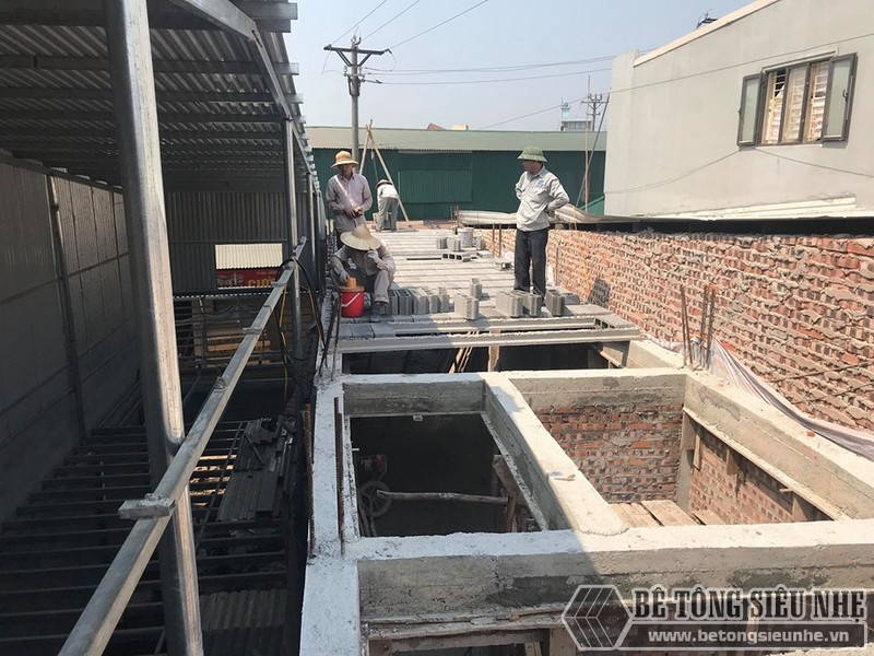 Thi công bê tông siêu nhẹ nâng thêm tầng nhà anh Thắng, Thạch Thất, Hà Nội - 03