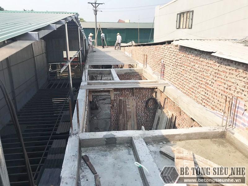 Thi công bê tông siêu nhẹ nâng thêm tầng nhà anh Thắng, Thạch Thất, Hà Nội - 04