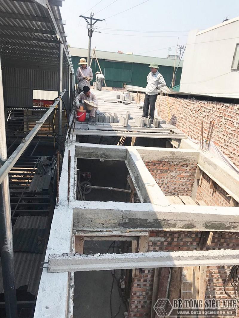 Thi công bê tông siêu nhẹ nâng thêm tầng nhà anh Thắng, Thạch Thất, Hà Nội - 05