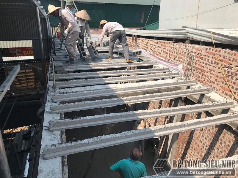 Thi công bê tông siêu nhẹ nâng thêm tầng nhà anh Thắng, Thạch Thất, Hà Nội - 06